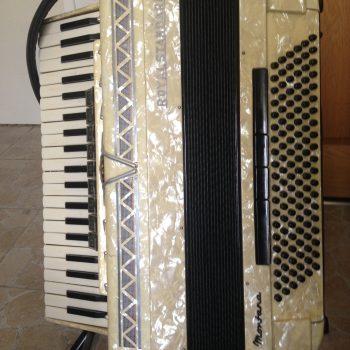 Delmas Musique royal-standard-montana-271189-350x350 Accordéon d'occasion Royal Standard modèle Montana
